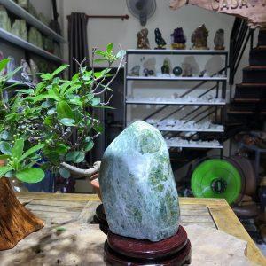 Đá cảnh xanh ngọc để bàn, kệ (MS : co99) KT 18x12cm ,2.1kg