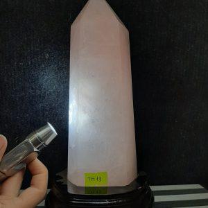 Trụ thạch anh hồng KT: 25 X 9 cm; 1,72 kg (MS: TH13)