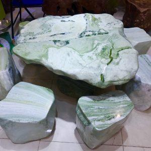 Bộ bàn đá ngọc serpentine KT 80 rộng 70 cao 55cm (BA03)