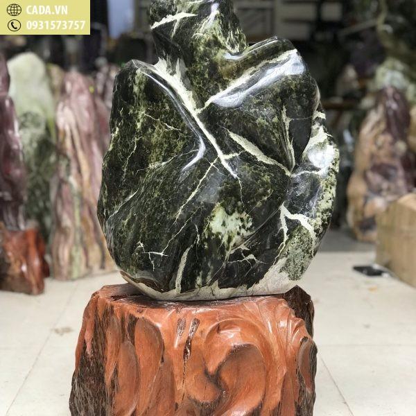 Cây đá ngọc xanh đen nguyên khối tạo dáng hình đóa sen KT : 70x37x30, nặng 54kg (gồm đế, đế 20 cm), MS : 228